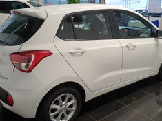 2019 Hyundai Grand i10 1.25 Fluid Gauteng Roodepoort_4