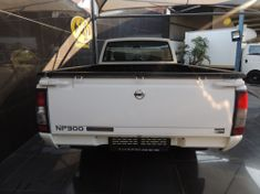 2014 Nissan NP300 Hardbody 2.5 TDI LWB k03k40 Bakkie Single cab Gauteng Vereeniging_4