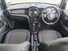 2015 MINI Hatch Cooper 5-dr Auto Western Cape Tygervalley_3