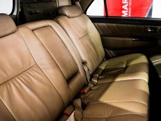 2011 Toyota Fortuner 4.0 V6 Heritage Rb At  Limpopo Louis Trichardt_4
