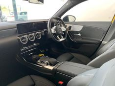 2019 Mercedes-Benz A-Class AMG A35 4MATIC Western Cape Paarl_3