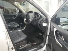 2021 Mahindra XUV500 2.2D MHAWK AT W10 7 Seat North West Province Rustenburg_4