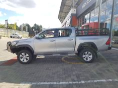 2016 Toyota Hilux 4.0 V6 Raider 4x4 Double Cab Bakkie Auto Gauteng Midrand_4