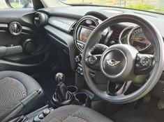 2015 MINI Hatch Cooper 5-dr Gauteng Centurion_4