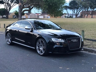 used audi rs5 2010 audi rs5 coupe stronic for sale in. Black Bedroom Furniture Sets. Home Design Ideas