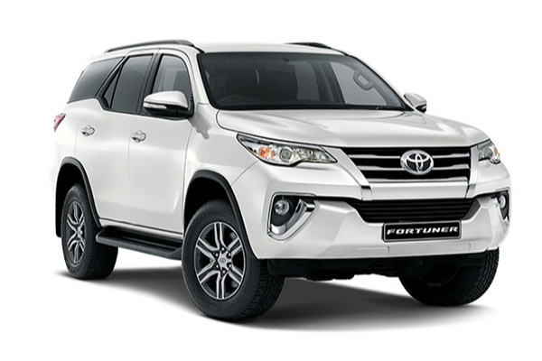 SAVE R100 000 with the NEW Fortuner for ONLY R635 100