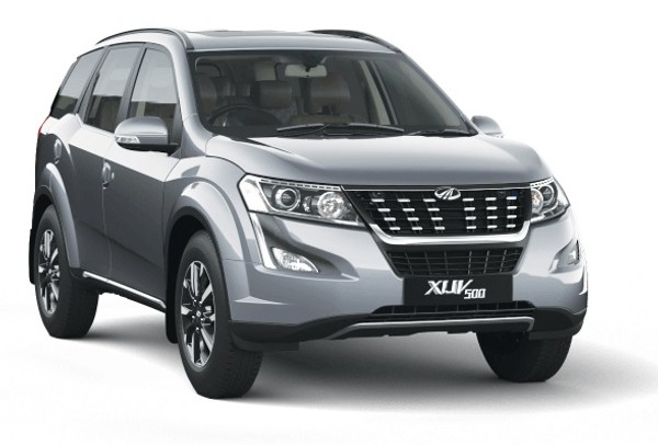 SAVE R47 599 on the  Mahindra XUV 500 W6