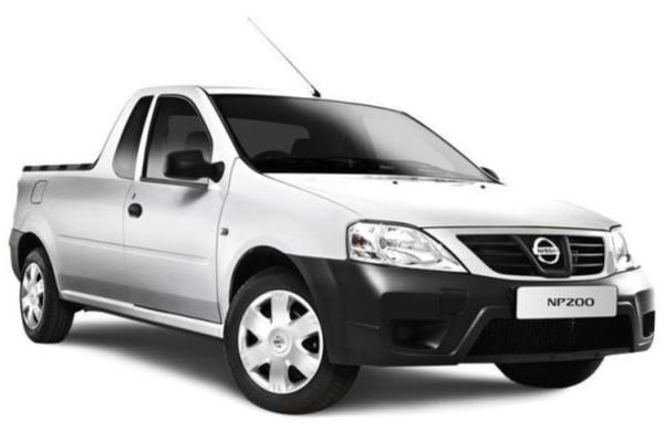 Get the 2020 Nissan NP200 Base  Safety Pack  get R20 000 CashBack