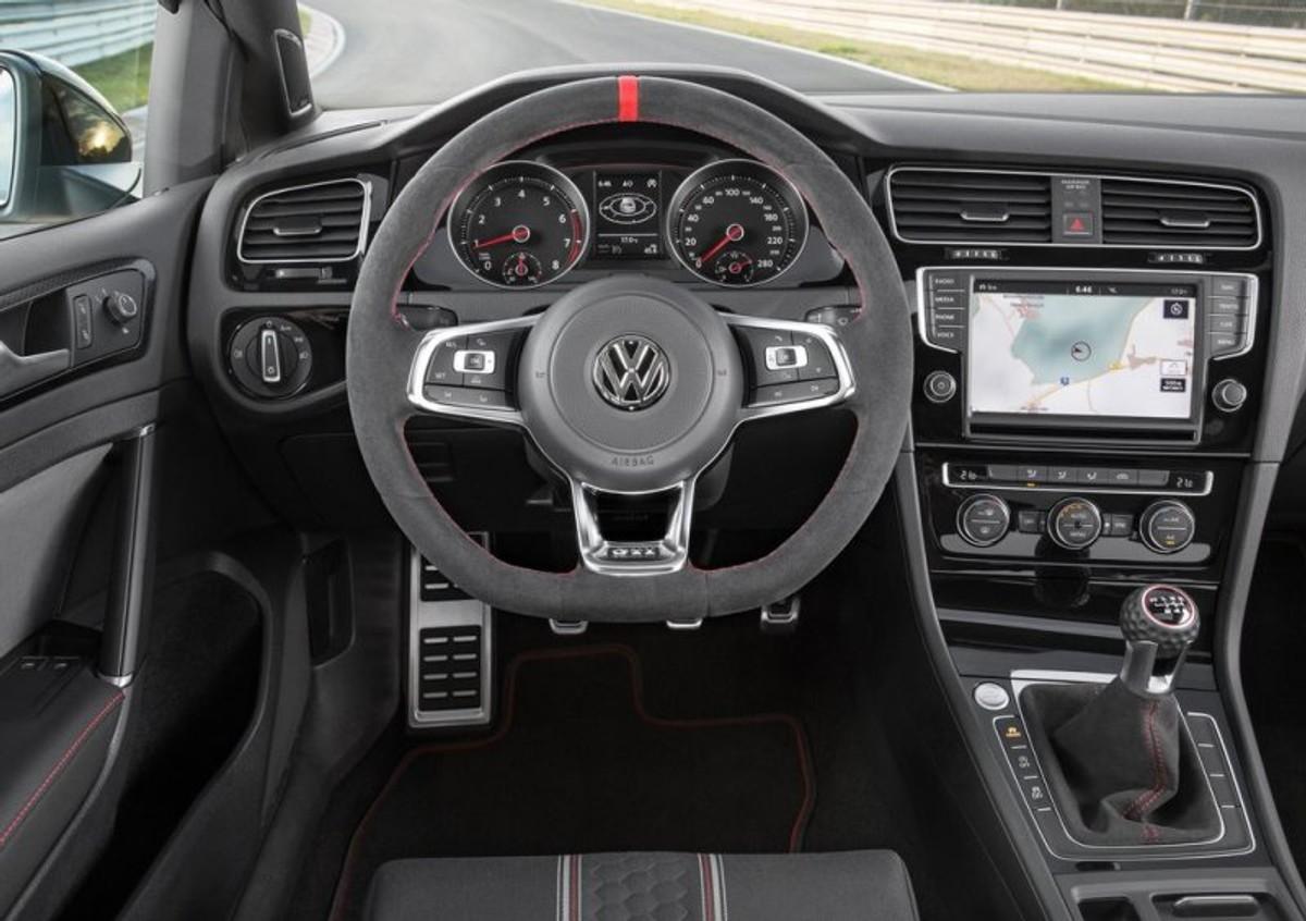 VW Golf GTI Clubsport (2016) Specs & Price - Cars co za
