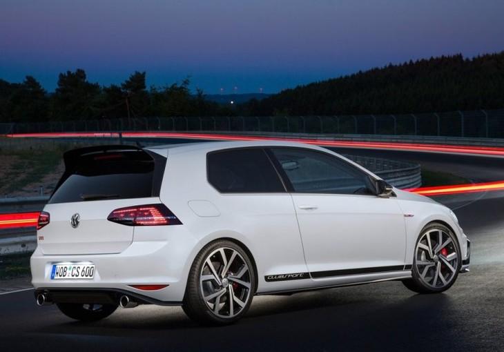 Volkswagen Golf GTI Clubsport 2016 1024x768 Wallpaper 0c
