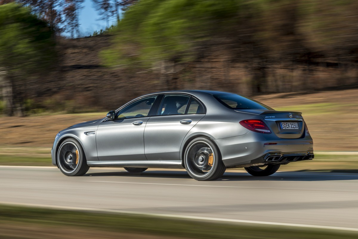 Mercedes Amg E63 S 4matic 2017 Launch Review Cars Co Za