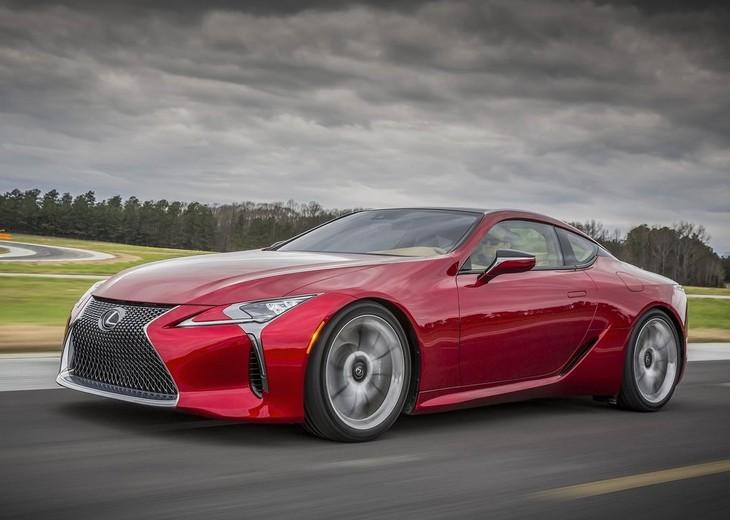 Lexus LCdriving