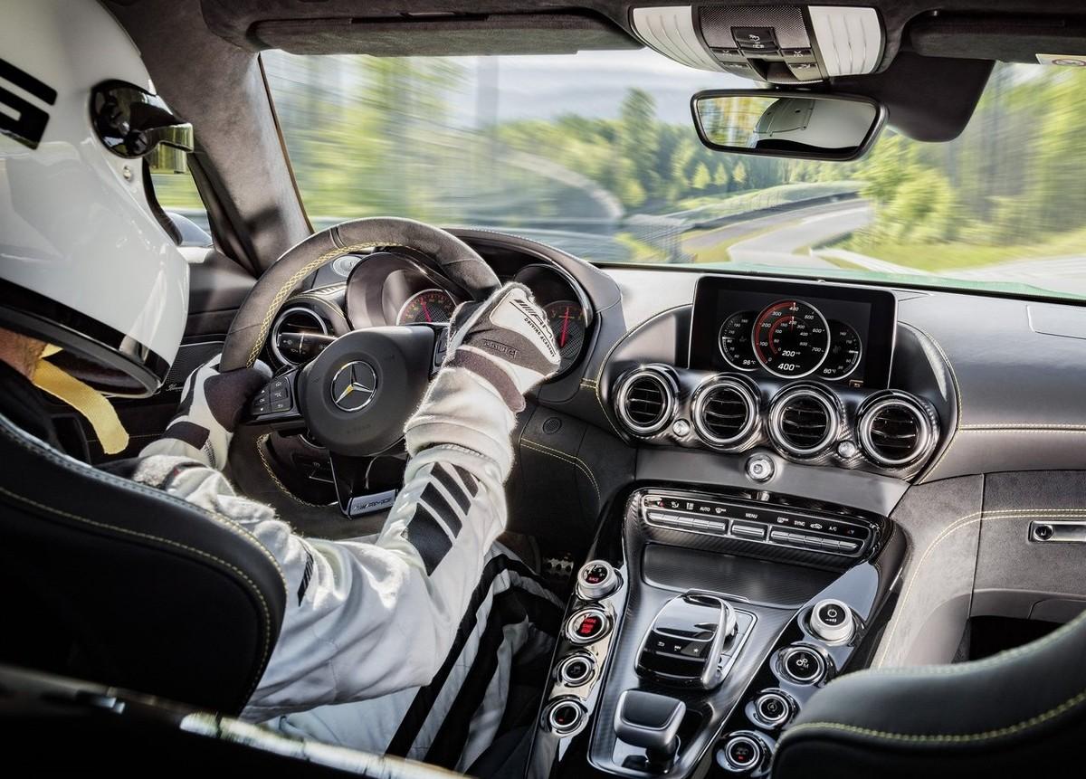 More Mercedes Amg Gt Derivatives 2017 Specs Price Cars Co Za