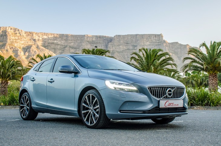 Volvo V40 T4 Inscription At 2017 Quick Review Cars