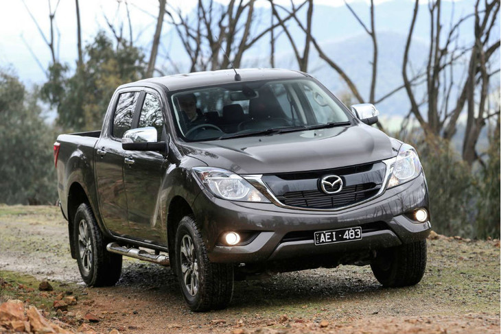 Facelifted Mazda BT-50 (2017) First Drive - Cars co za
