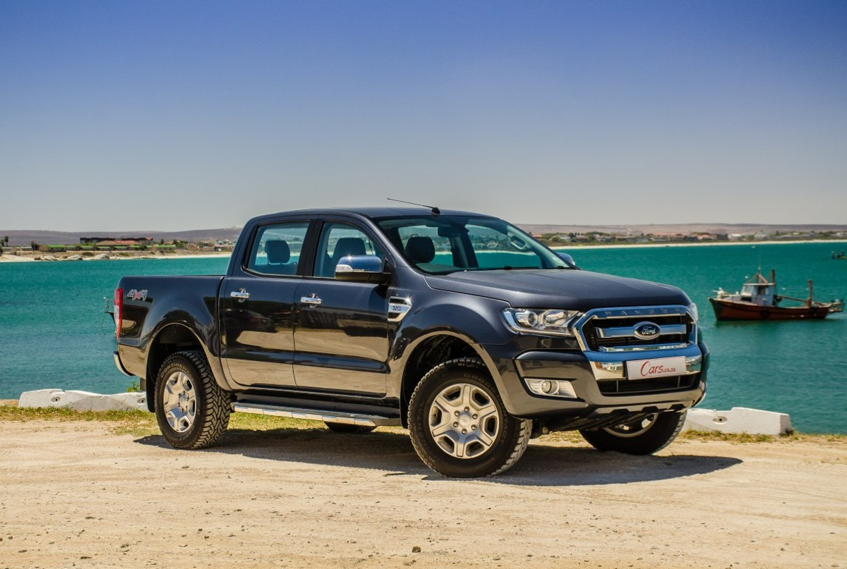 ford ranger 3 2 xlt 2016 review. Black Bedroom Furniture Sets. Home Design Ideas