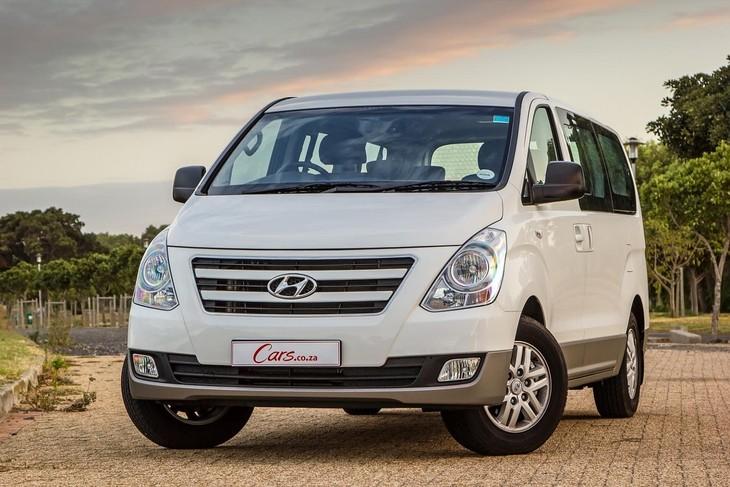 hyundai h-1 2.5 vgti 9-seater bus (2016) review - cars.co.za