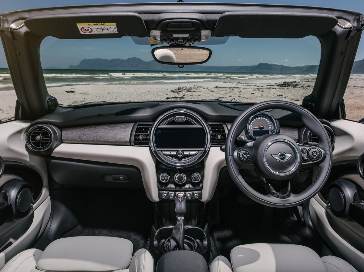 Mini Convertible And Clubman (2016) First Drive