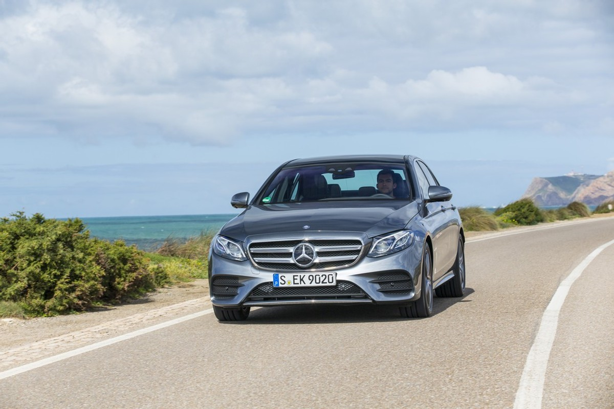 Mercedes-Benz E-Class: General notes