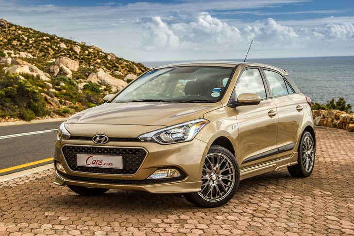 hyundai i20 1 4 sport 2016 review. Black Bedroom Furniture Sets. Home Design Ideas