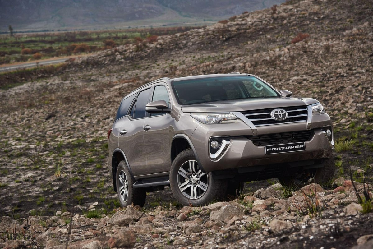 Toyota Fortuner 2016 First Drive Cars Co Za