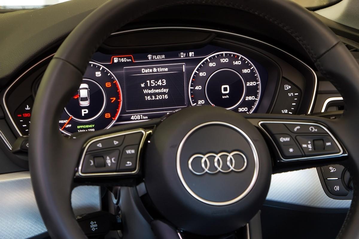 Audi A4 2 0T vs BMW 320i (2016) Comparative Review - Cars co za