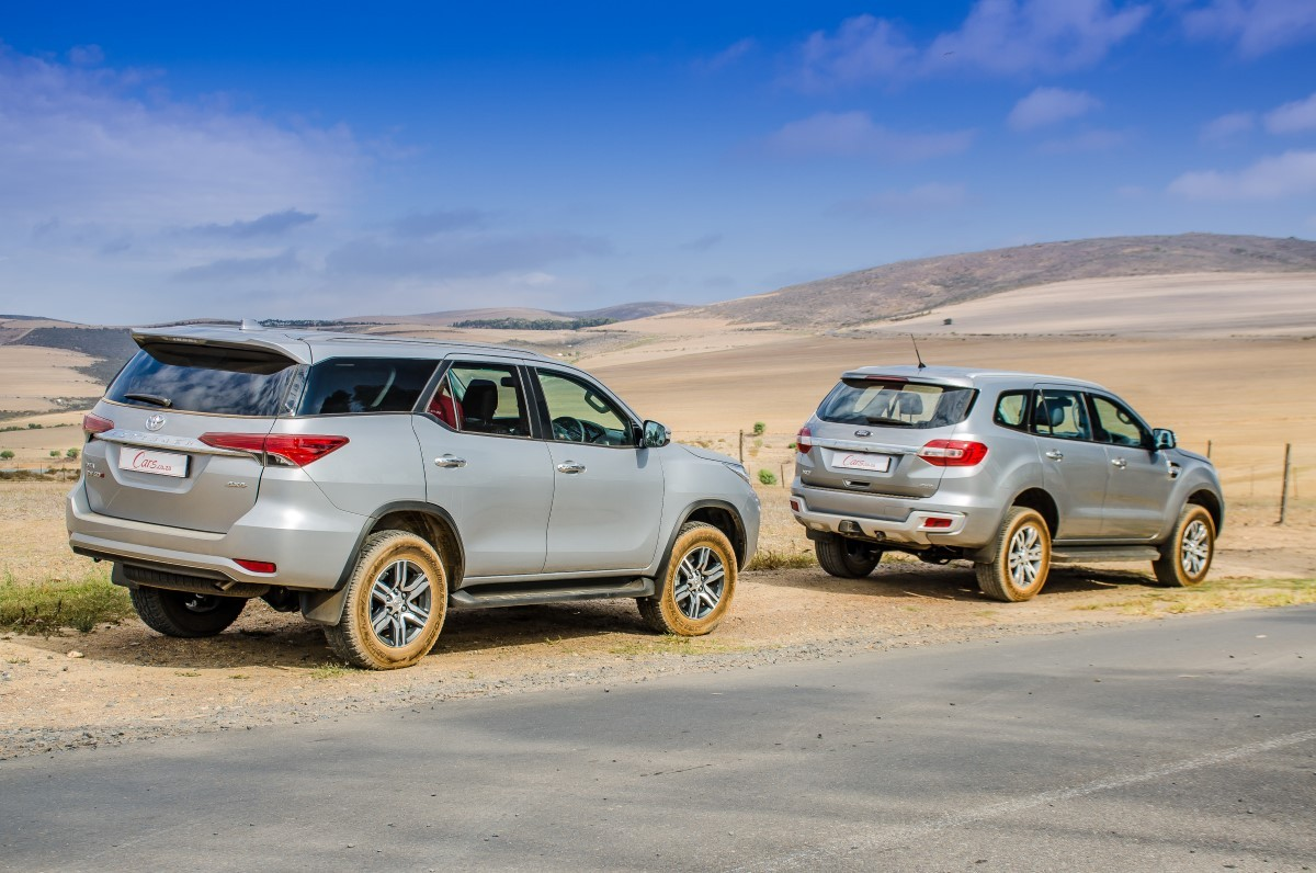 comparative review ford everest   xlt  toyota