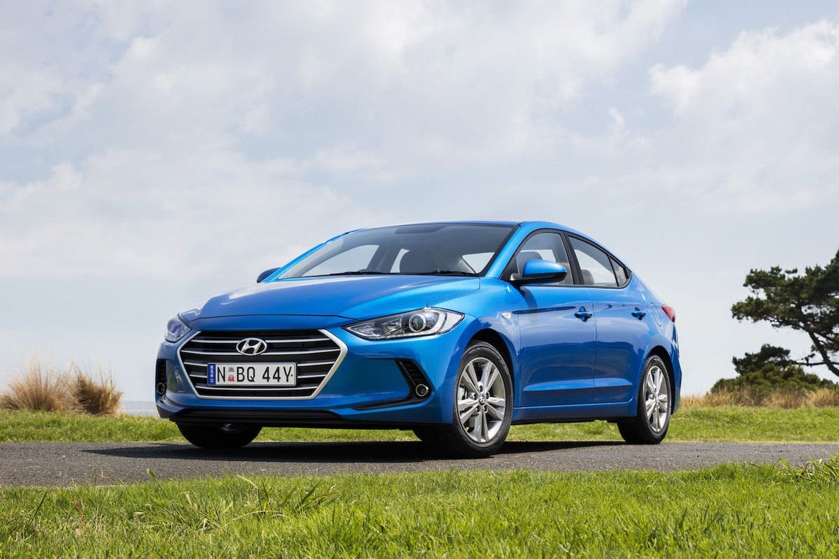 Hyundai Elantra 2017 5 Things To Know Heated Seats In A 2012 Diagram South Africa Will Introduce Its New Range June As Rival The Facelifted Toyota Corolla And Others Compact Family Car