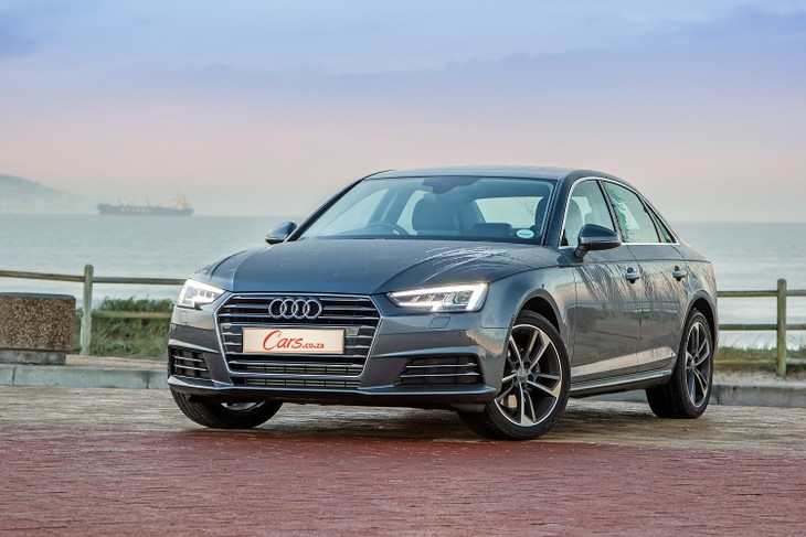 Audi A TFSI S Tronic Design Review Carscoza - Audi a4 review