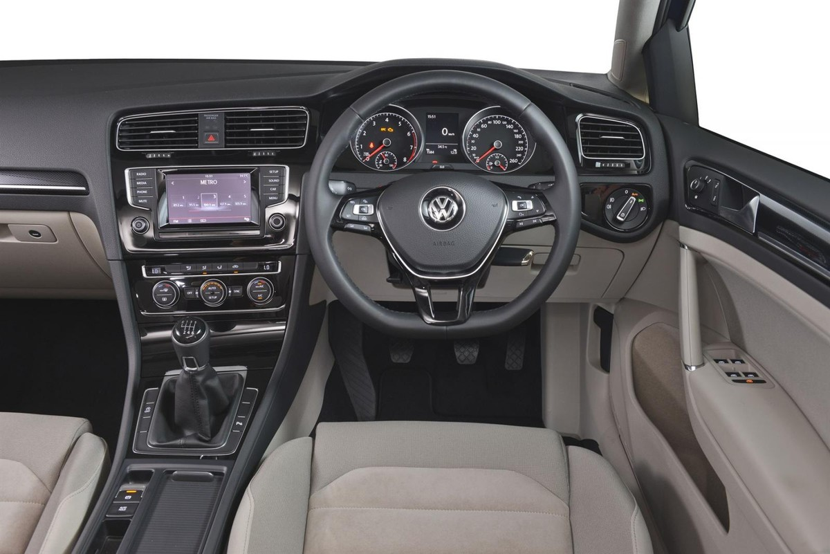 volkswagen golf 7 2016 specs price. Black Bedroom Furniture Sets. Home Design Ideas
