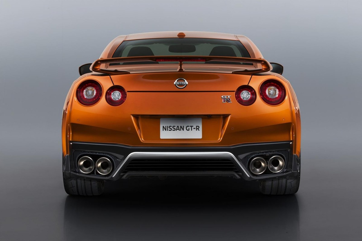 Nissan Gt R 2017 Model Launched In Sa Cars Co Za