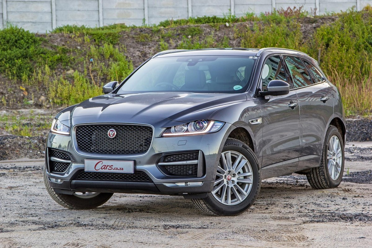 World Car of Year (2017) Jaguar F-PACE Review - Cars.co.za