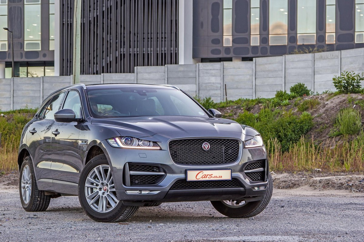 World Car Of Year 2017 Jaguar F Pace Review Suv Interior The First Produced By Coventry Based Luxury Marque And A Runner Up In Premium Category 2016 17 Consumer