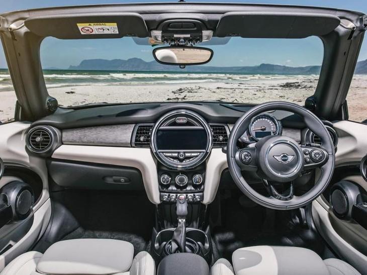 Mini Cooper Convertible Auto (2016) Review - Cars.co.za