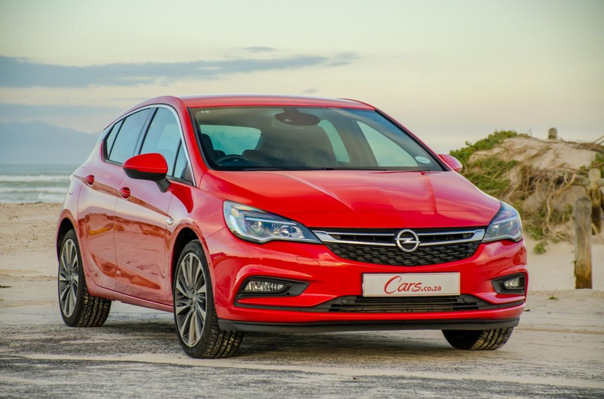 Opel Astra 1 4T Sport Automatic (2016) Review - Cars co za