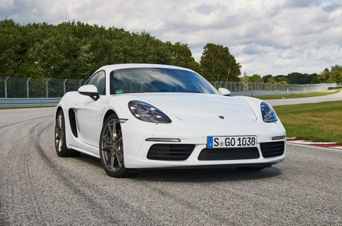 porsche 718 cayman s 2016 first drive. Black Bedroom Furniture Sets. Home Design Ideas