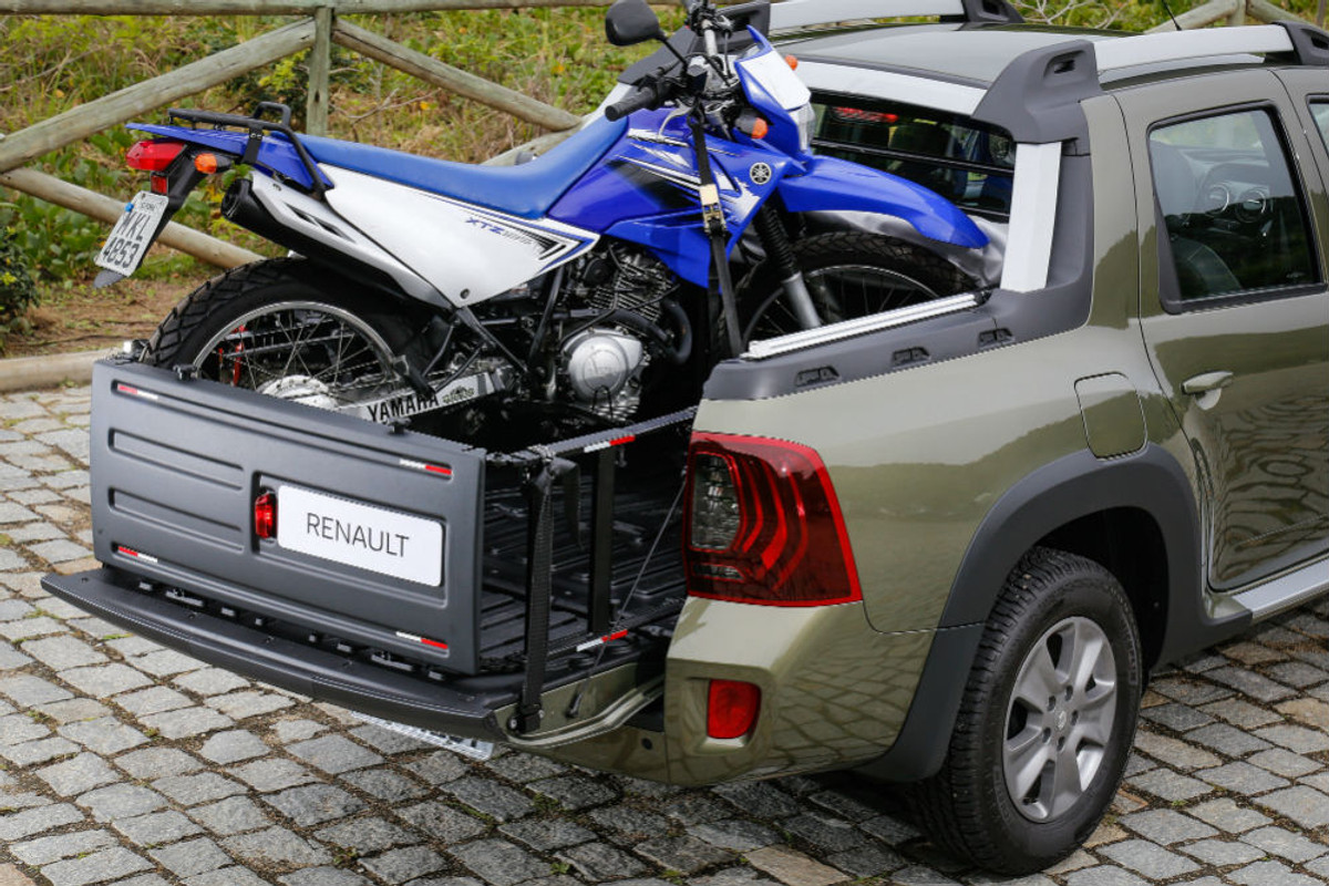 Renault Duster Oroch Double Cab 2017 First Drive Cars Co Za
