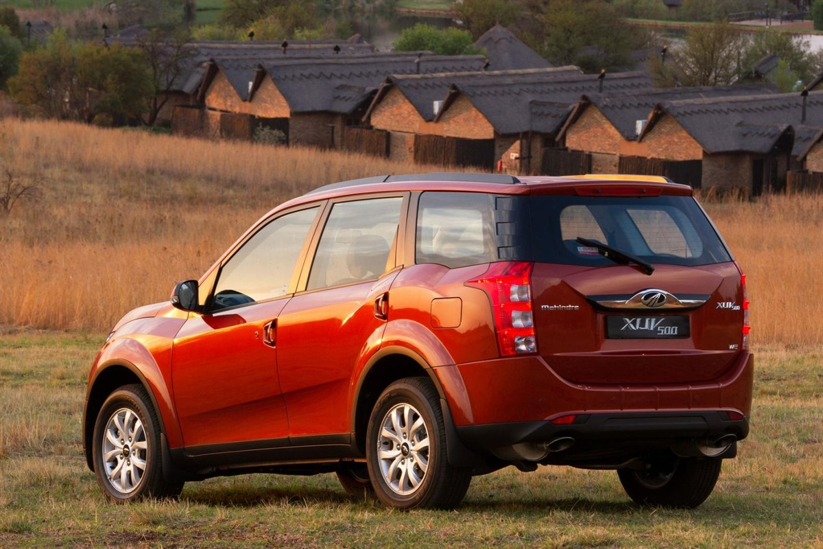 Mahindra XUV 500 2 2 CRDe W8 Auto (2017) Launch Review