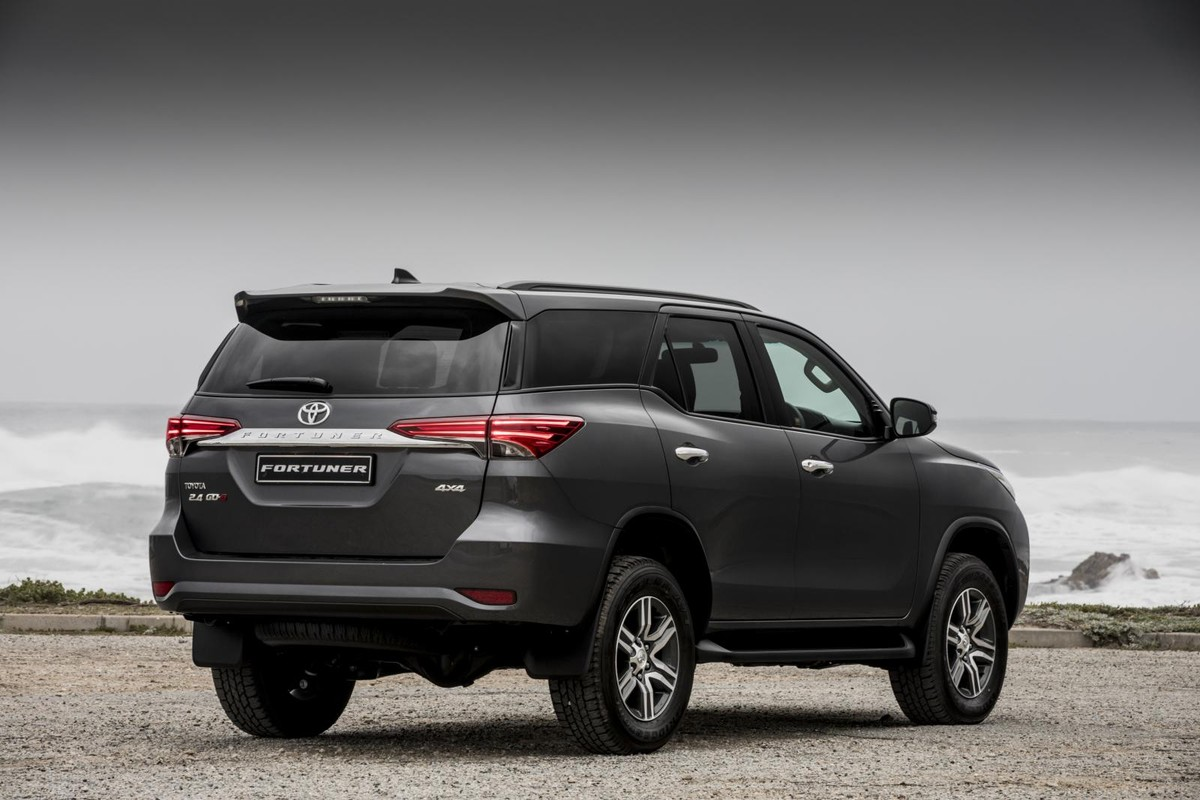 Toyota Fortuner 2017 Specs Price Cars Co Za