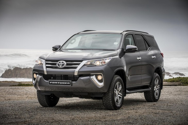 Toyota Fortuner (2017) Specs & Price - Cars co za
