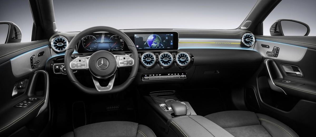 Update New Mercedes Benz A Class Interior Revealed Cars Co Za