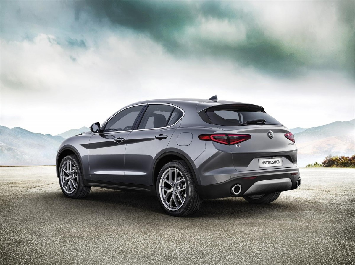alfa romeo stelvio (2017) specs & price - cars.co.za