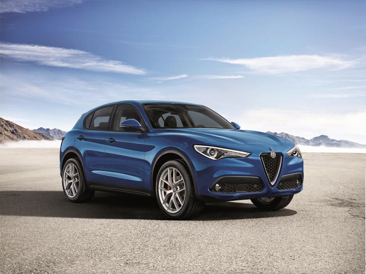 Alfa Romeo Stelvio 2017 Specs Price Cars Co Za