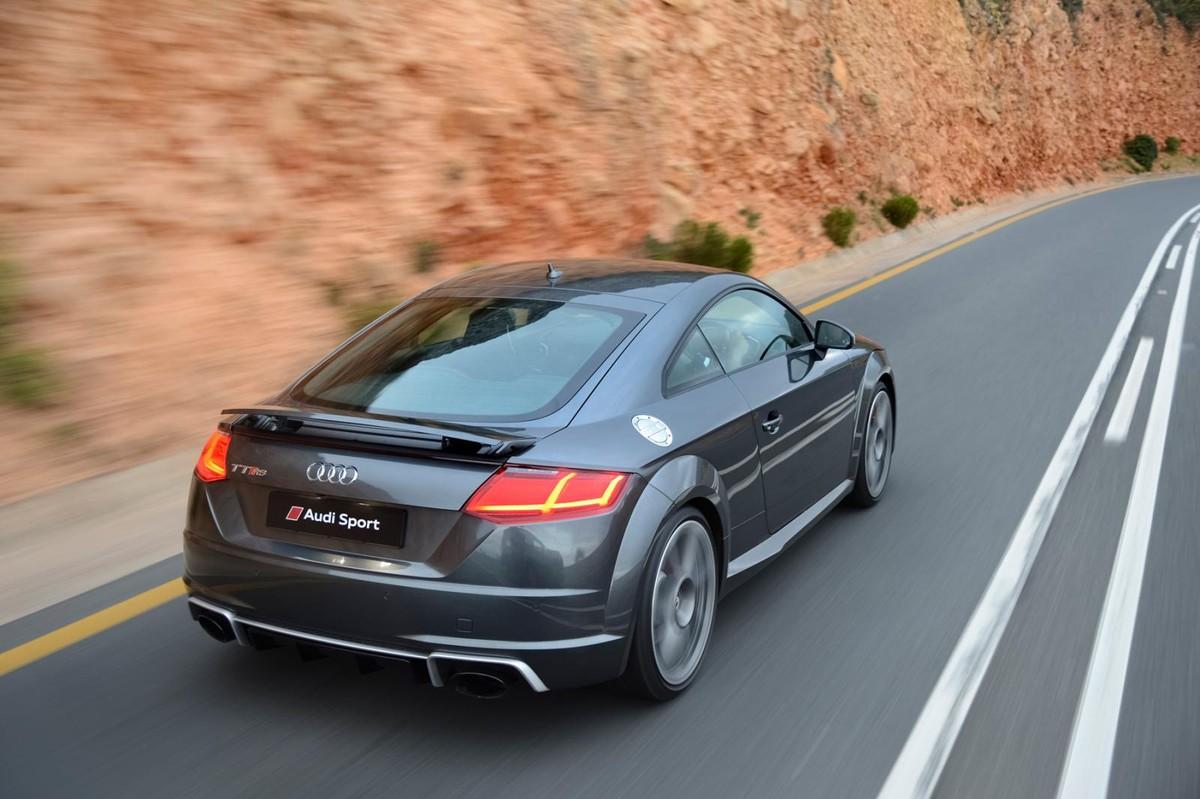 Audi Tt Rs 2017 Launch Review Carscoza