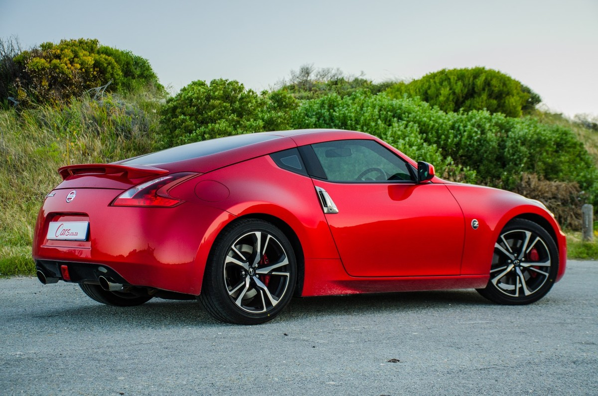 nissan 370z (2017) quick review - cars.co.za