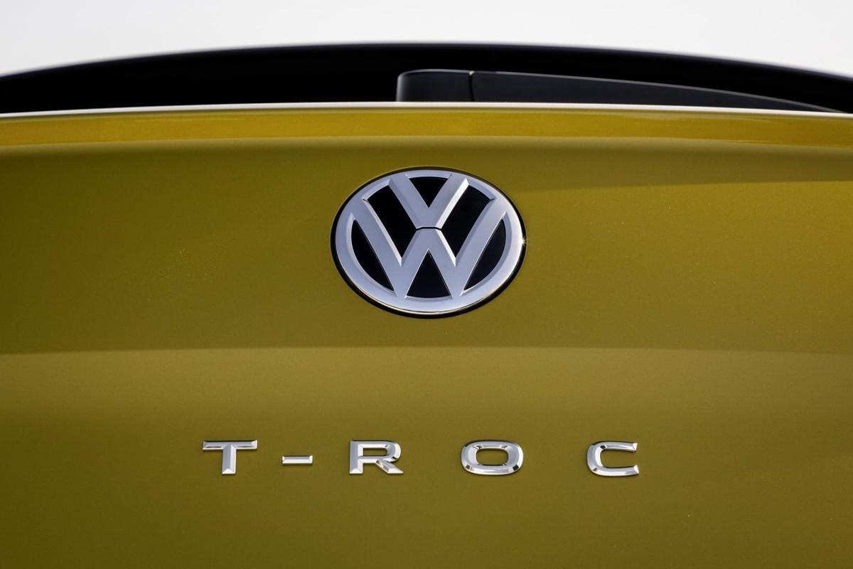 Volkswagen T-Roc (2020) International Launch Review - Cars co za