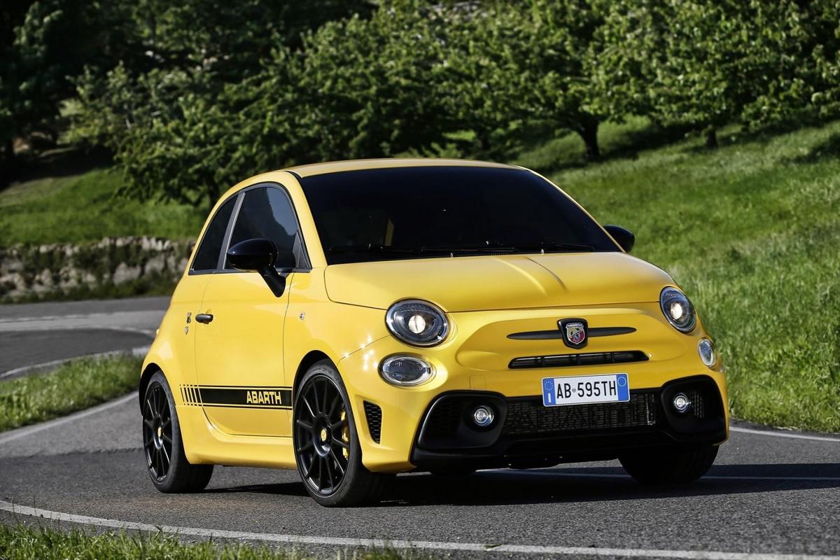 Fiat Abarth Specifications >> Fiat Abarth 595 2017 Specs Price Cars Co Za