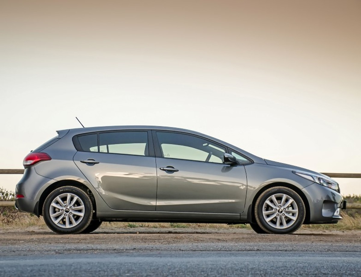 Kia Cerato 16 Ex 2017 Review Rio 1 6l Engine The Was Updated Last Year But Are Subtle Changes Enough To Convince Buyers Forego Newer Products On Market Including