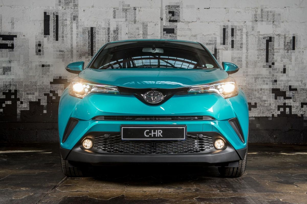 Toyota C Hr 2017 Specs Amp Pricing Cars Co Za