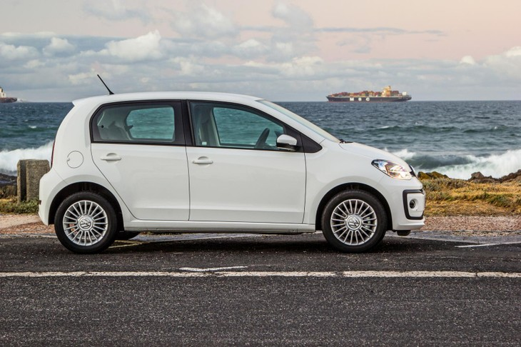Volkswagen Move Up 2017 Review Cars Co Za